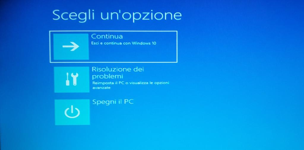 Windows 10 Opzioni esci e riavvia